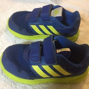 10 wide adidas toddler boy sneakers